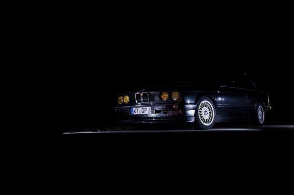 Schnappschuss von meinem E30 bei Nacht