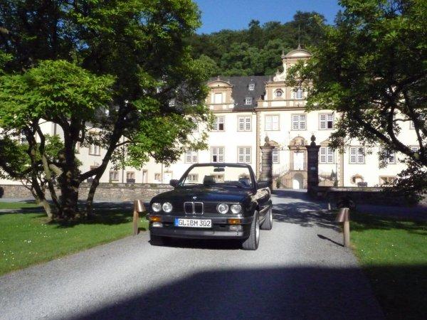 Charly immer noch im Schloss Ehreshoven
