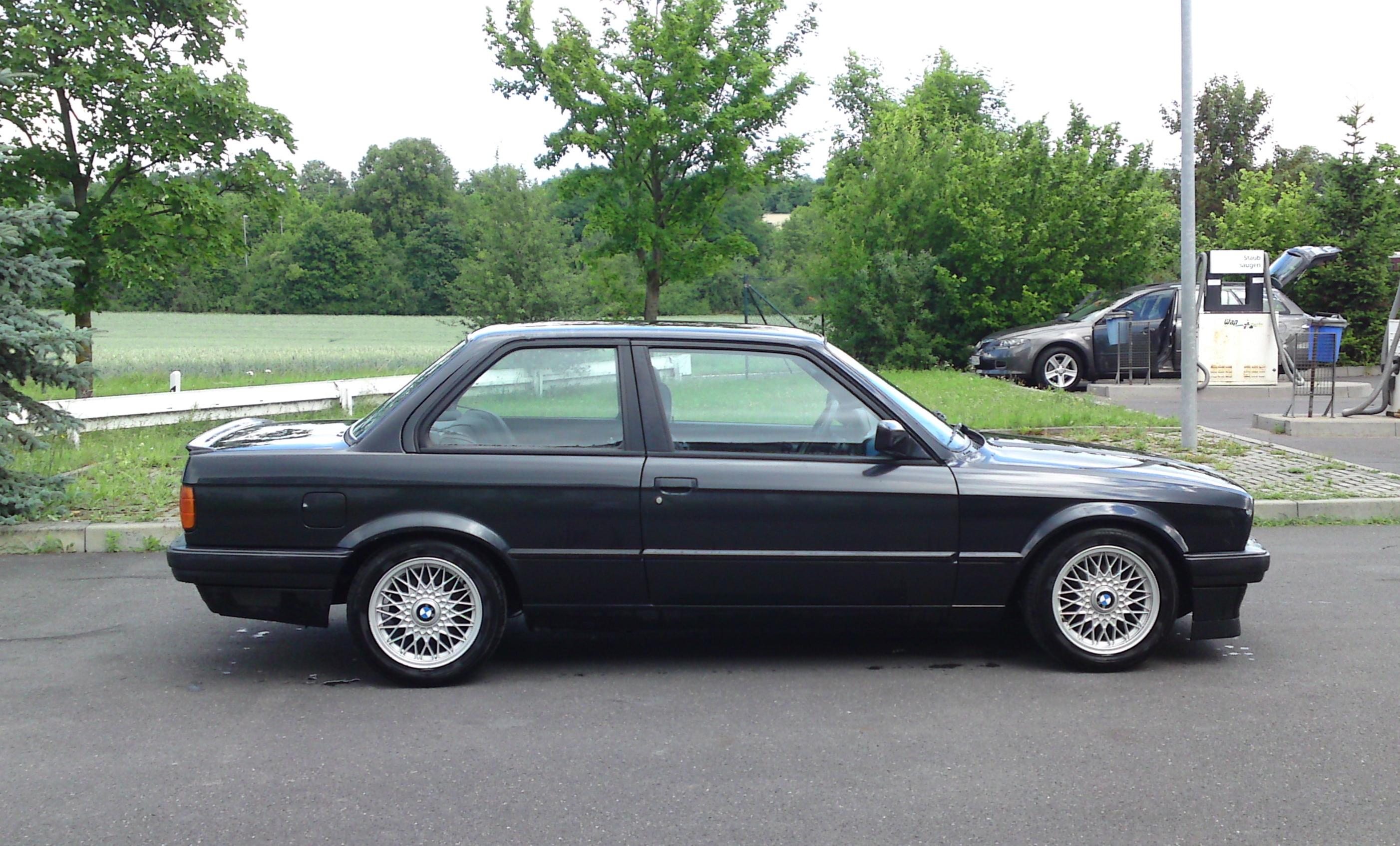 BMW NEW GENUINE 3 5 6 7 X3 X5 Z3 Z4 SERIES INTERIOR ROOF BULB SOCKET 8389736