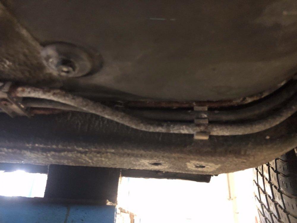 Typische Bremsleitung.jpg
